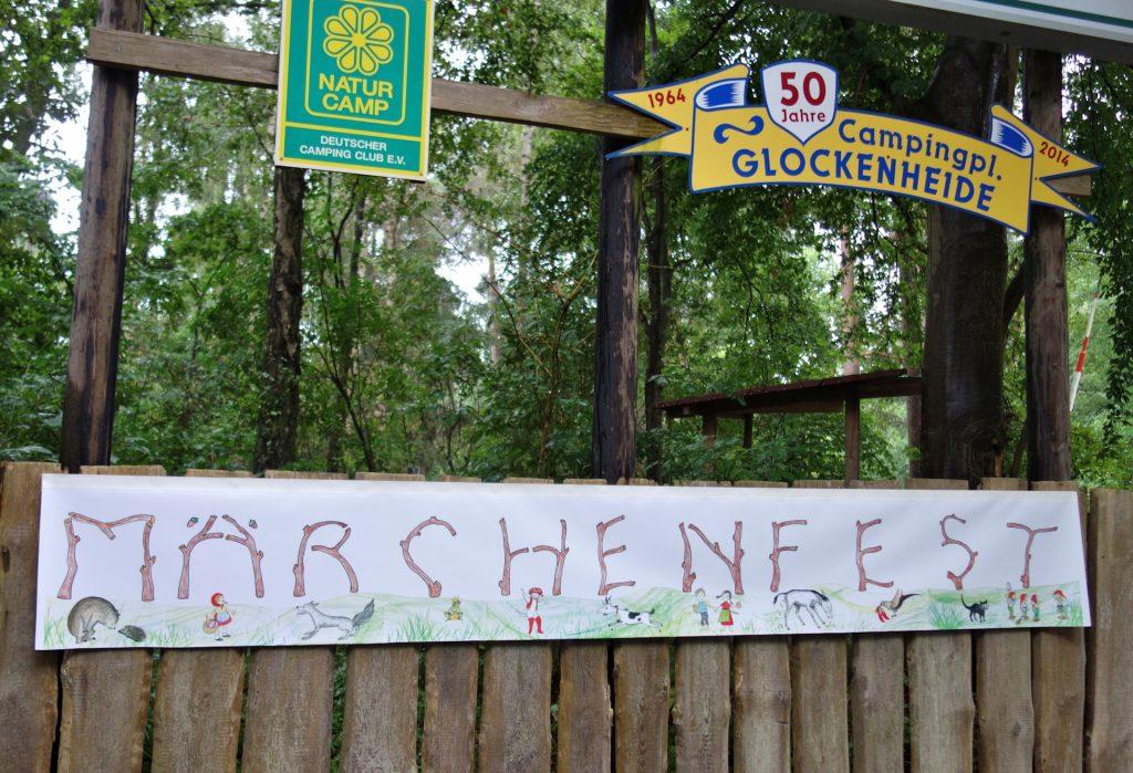 Banner zum Märchenfest Glockenheide August 2021, Zeichnungen Alice Jabs